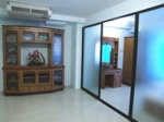 Spacious fully furnished 1 bedroom within short walking distant to Victory monument BTSTha Eng Jpn